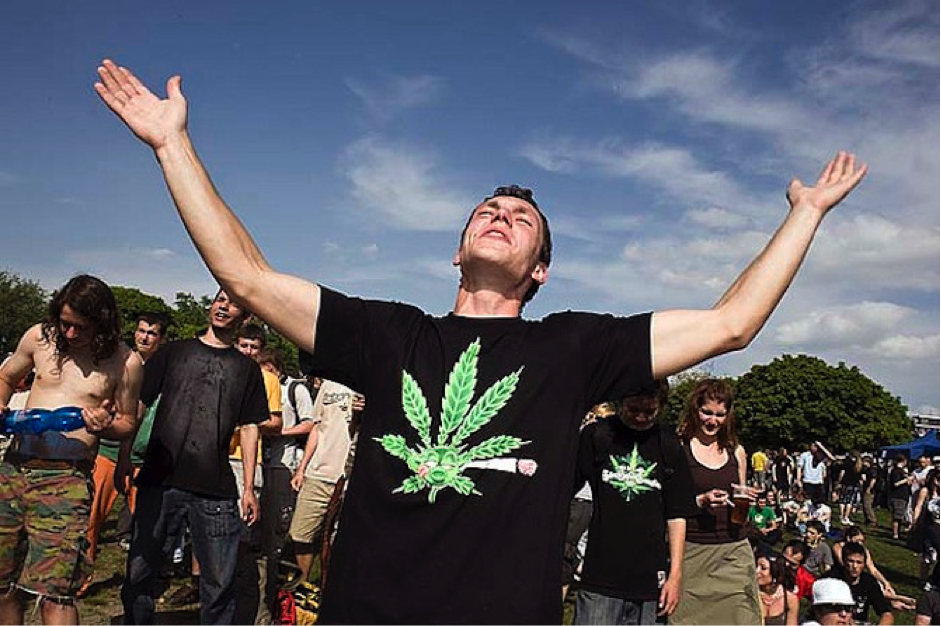 Cannabis Legalization: 10 Countries Leading the Charge