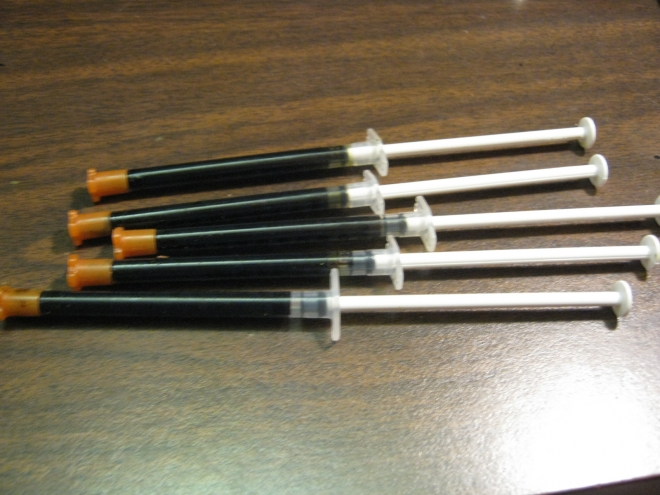 Store your finished Rick Simpson Oil in syringes
